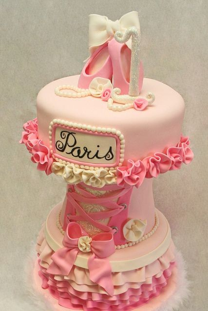 Engagment Cakes Butter Cream
